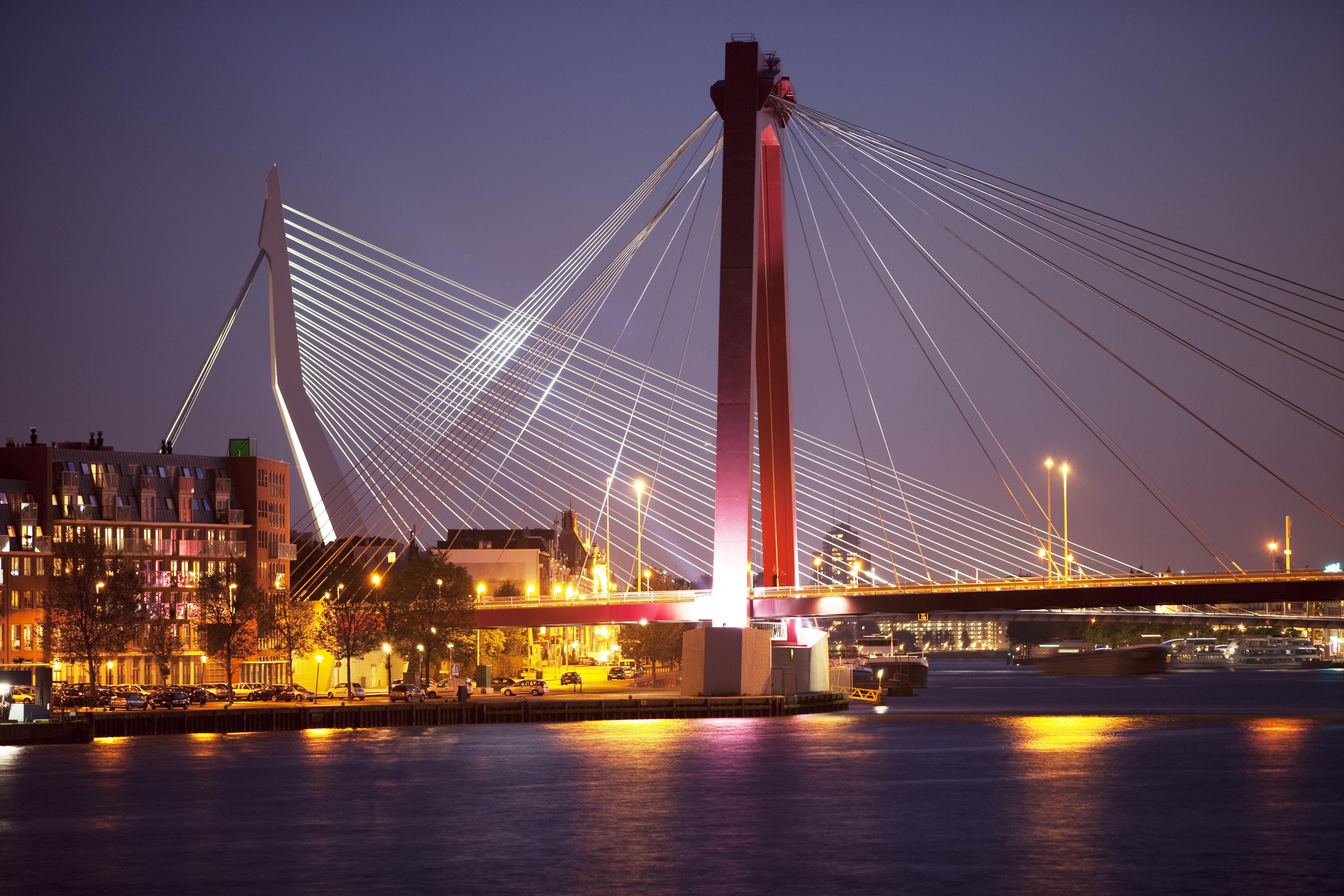 Amsterdam en Rotterdam gaan dimmen | Federatie Ruimtelijke Kwaliteit